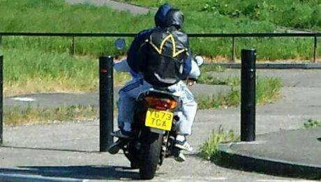 joyriders-on-motorbikes