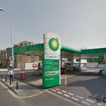 328745-petrol-station-the-robber-threatened-staff-with-a-gun-before-stealing-cash